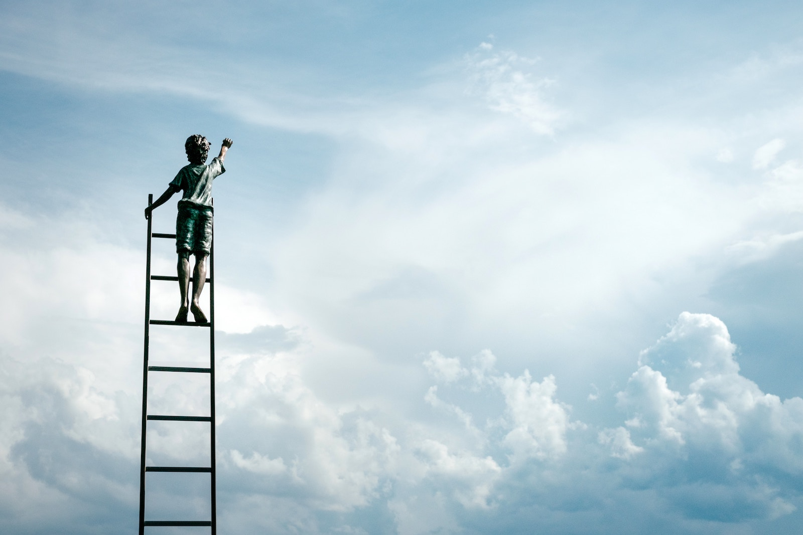 Step up the career ladder with an ILM course and you'll never look back – a guide for employees